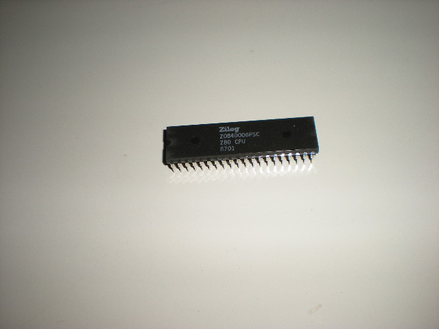 old Commodore 64 chips, Commodore 128 computer chips and